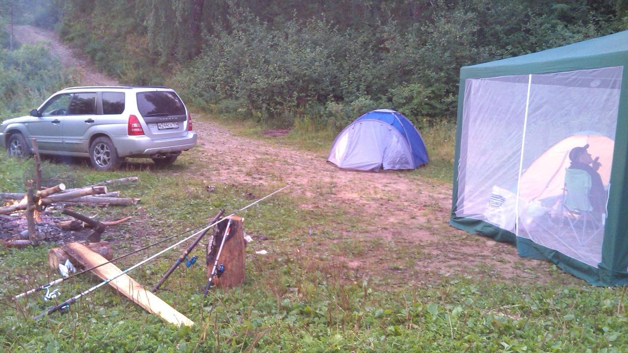 Шатры, палатки, рюкзаки...