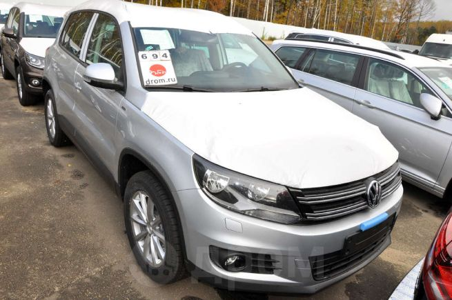 Volkswagen Tiguan, 2016 год, 1 286 670 руб.