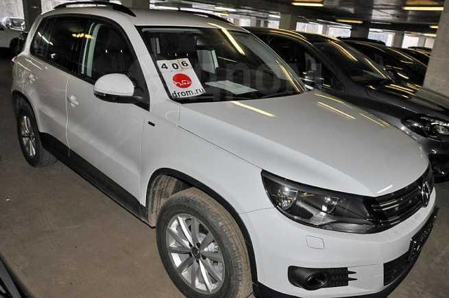 Volkswagen Tiguan, 2016 год, 1 277 990 руб.