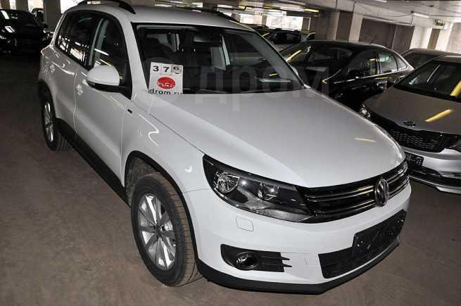 Volkswagen Tiguan, 2016 год, 1 269 000 руб.