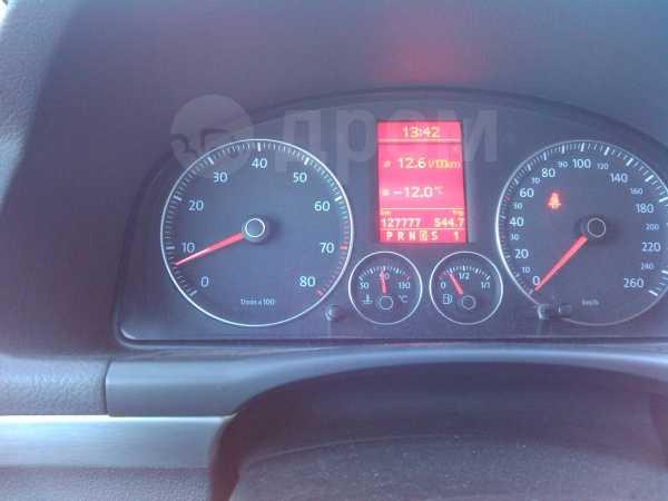 Volkswagen Touran, 2008 год, 550 000 руб.