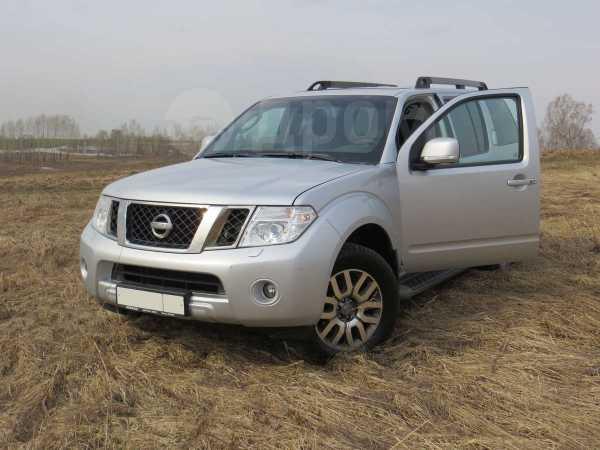 Nissan Pathfinder, 2011 год, 1 100 000 руб.