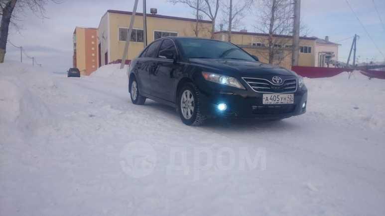 Toyota Camry, 2010 год, 675 000 руб.