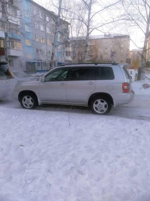 Toyota Kluger V, 2001 год, 555 000 руб.