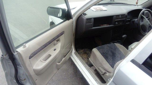 задняя дверь на mazda demio 1998 года