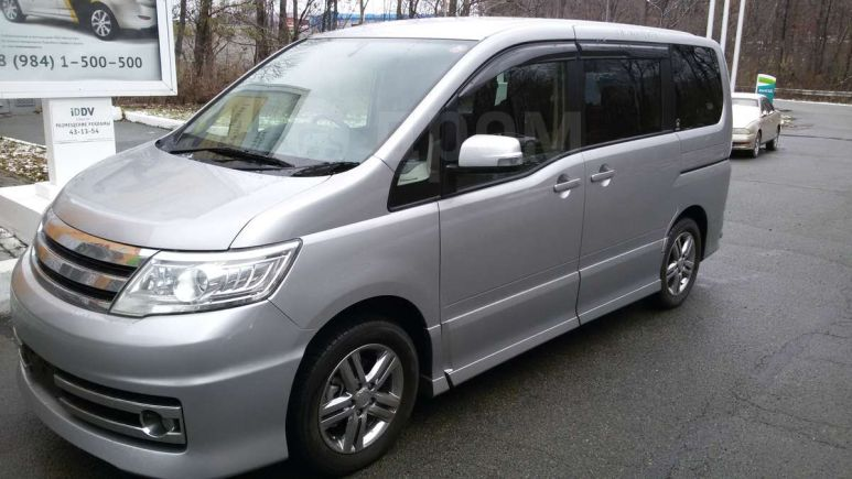 Nissan Serena, 2010 год, 790 000 руб.