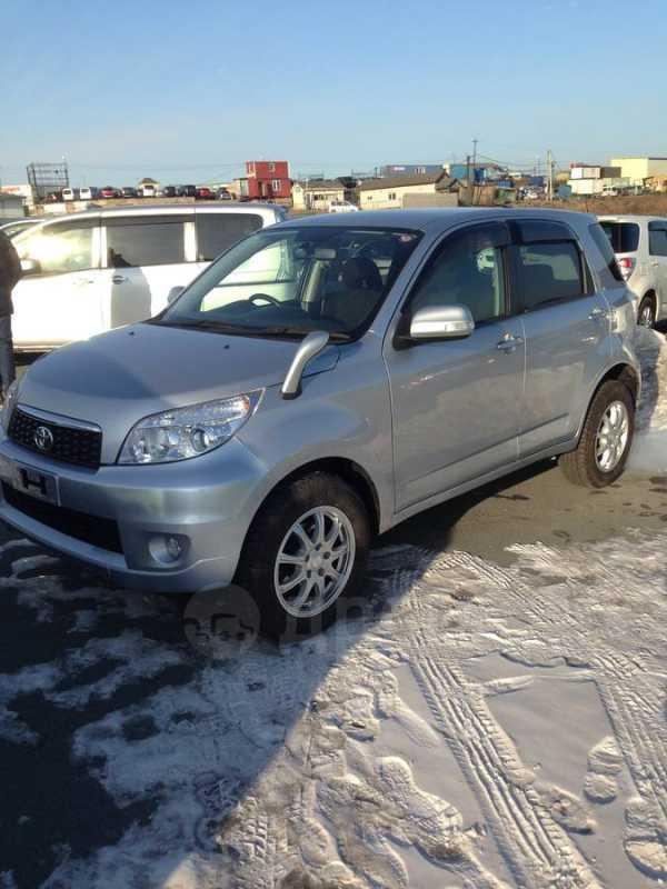 Toyota Rush, 2012 год, 855 000 руб.