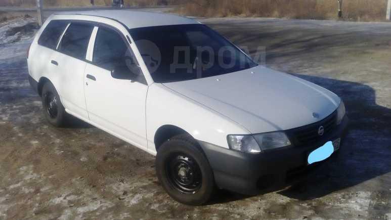 Nissan AD, 2004 год, 200 000 руб.
