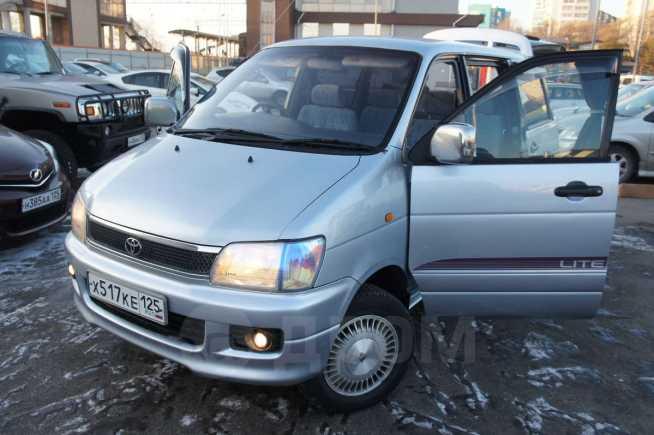 Toyota Noah, 1997 год, 335 000 руб.