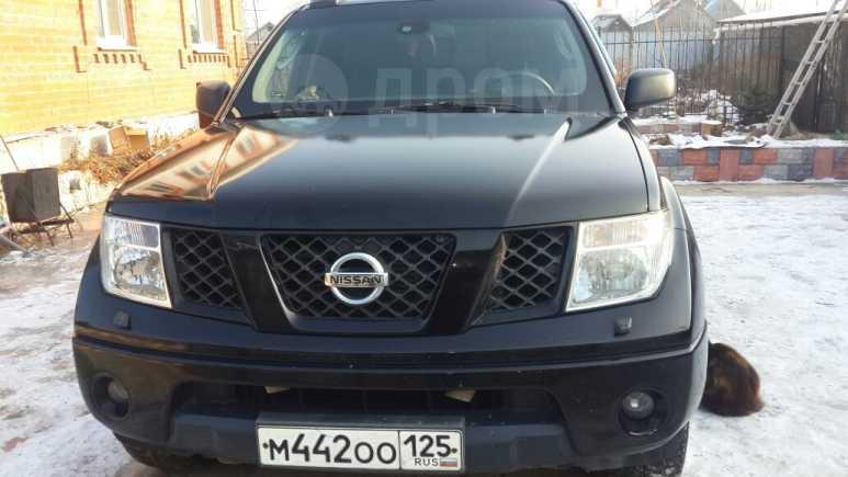 Nissan Navara, 2006 год, 870 000 руб.