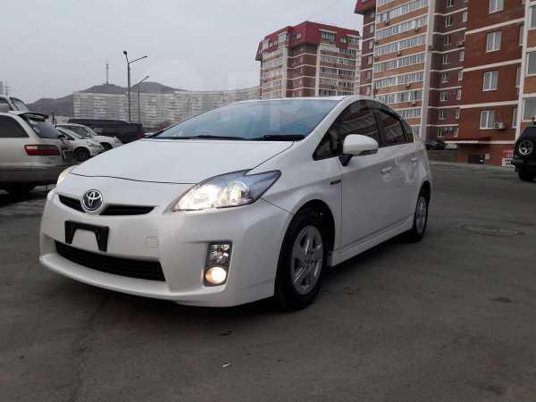 Toyota Prius, 2011 год, 617 000 руб.