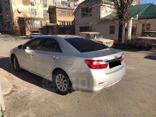Toyota Camry, 2012 год, 1 075 000 руб.