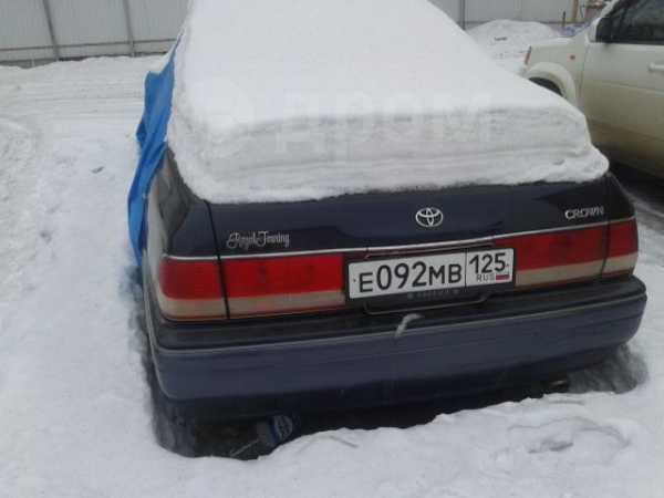 Toyota Crown, 1998 год, 235 000 руб.