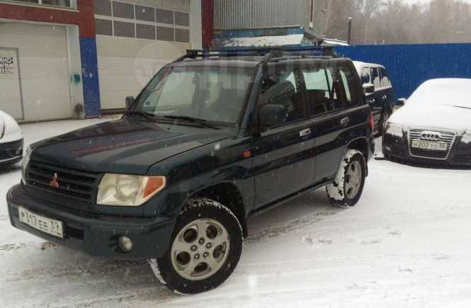 Mitsubishi Pajero iO, 2002 год, 255 000 руб.