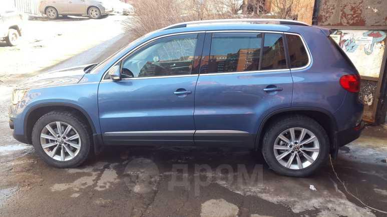 Volkswagen Tiguan, 2012 год, 1 035 000 руб.