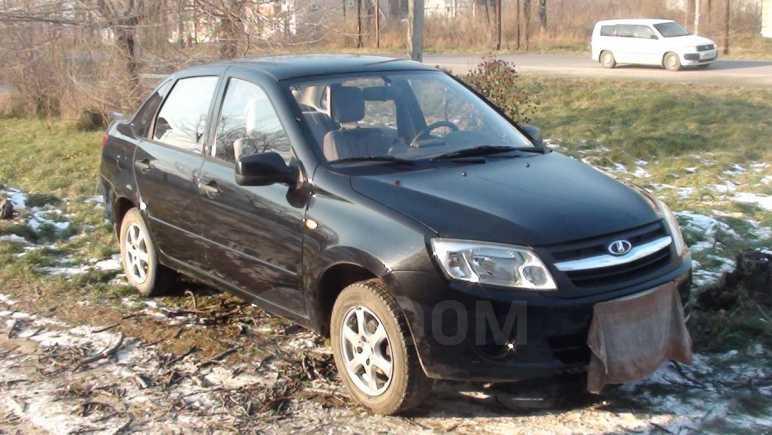 Лада Гранта, 2012 год, 220 000 руб.