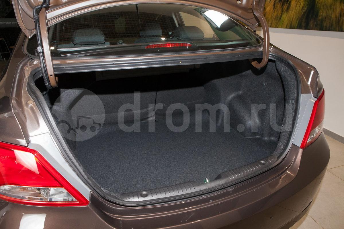 Вместимость багажника, л: 470