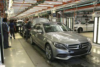 Инвестиционный контракт между Daimler AG и российским правительством о строительстве завода будет заключен в ближайшее время.