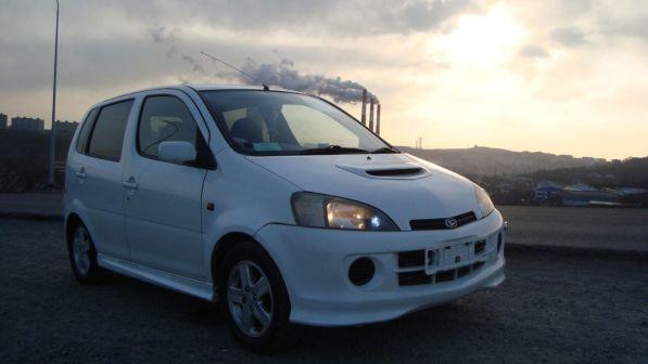 Daihatsu YRV 2000 - отзыв владельца