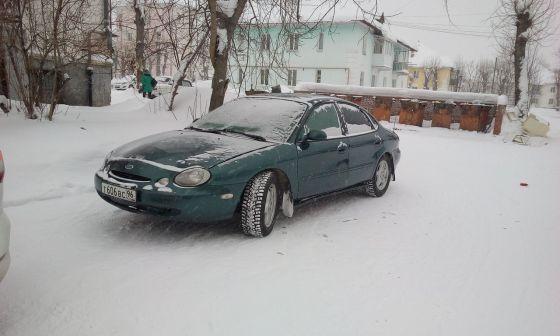 Ford Taurus 1997 - отзыв владельца