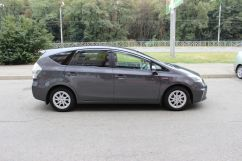 Toyota Prius a, 2011