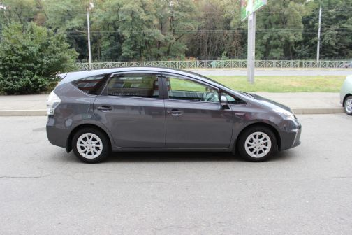 Toyota Prius a 2011 - отзыв владельца