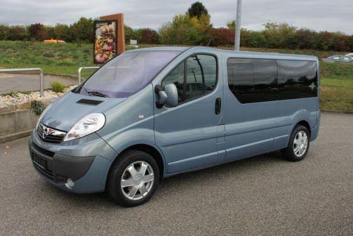 Opel Vivaro 2009 - отзыв владельца