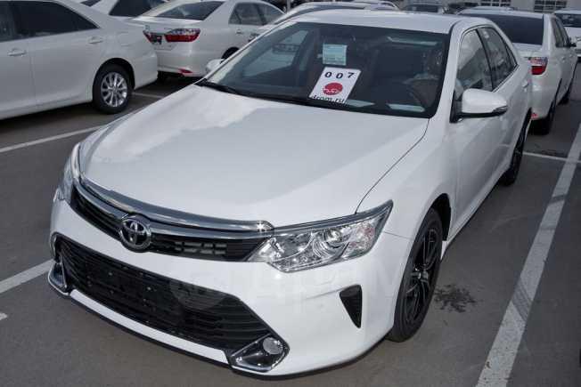 Toyota Camry, 2016 год, 1 742 000 руб.