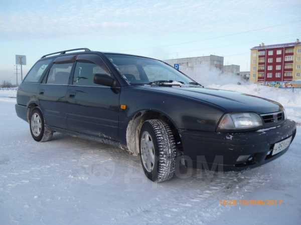 Nissan Avenir Salut, 1996 год, 90 000 руб.