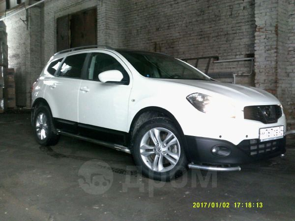 Nissan Qashqai+2, 2011 год, 890 000 руб.