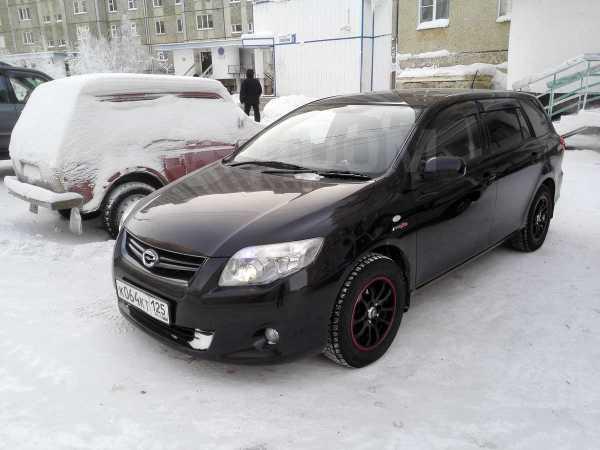 Toyota Corolla Fielder, 2009 год, 500 000 руб.