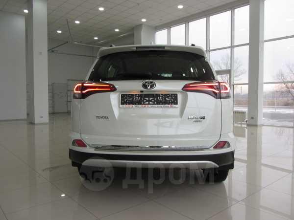 Toyota RAV4, 2016 год, 2 350 000 руб.