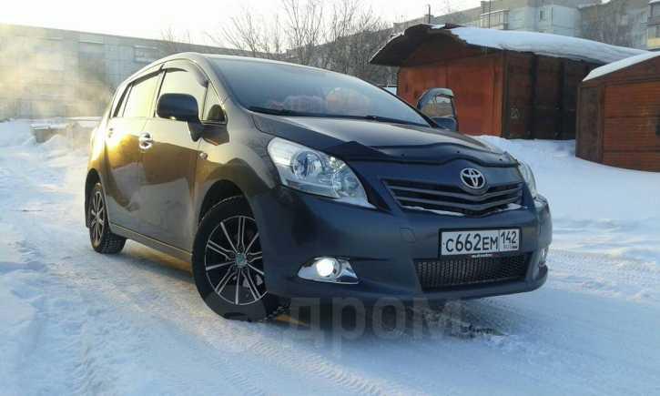 Toyota Verso, 2011 год, 749 000 руб.