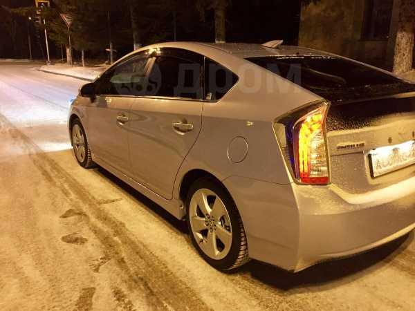 Toyota Prius, 2012 год, 930 000 руб.