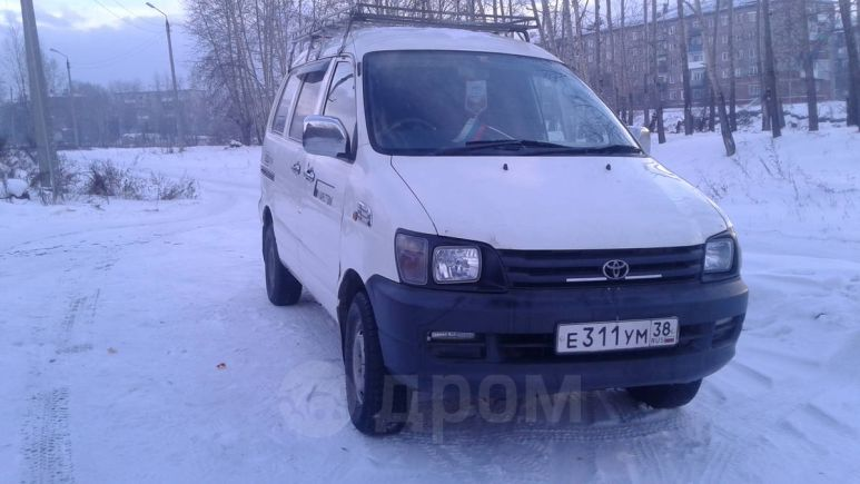 Toyota Town Ace, 1998 год, 260 000 руб.