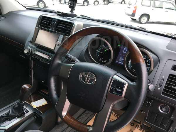Toyota Land Cruiser Prado, 2011 год, 1 899 000 руб.