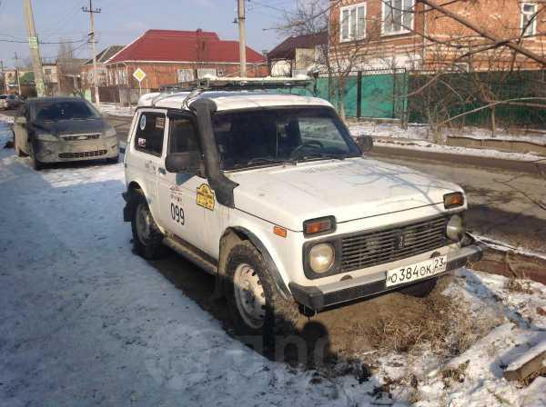 Лада 4x4 2121 Нива, 2004 год, 160 000 руб.