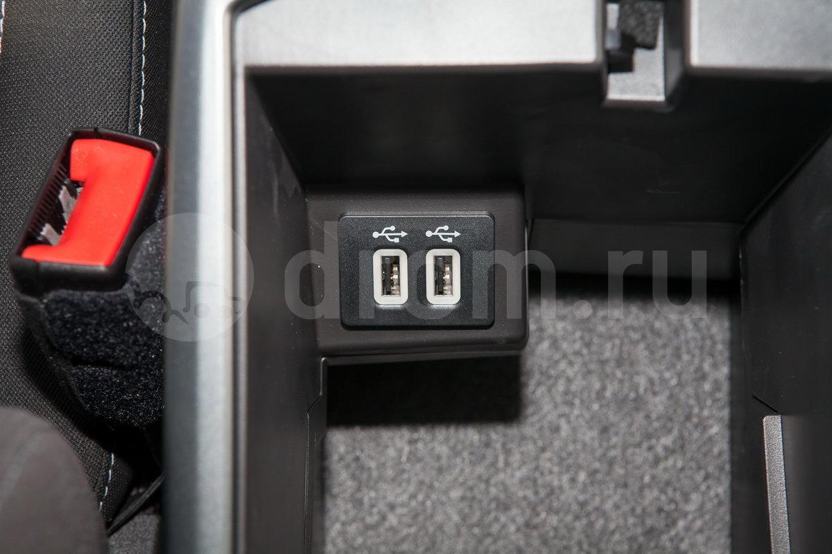 Дополнительное оборудование аудиосистемы: 9 динамиков, USB (опция)