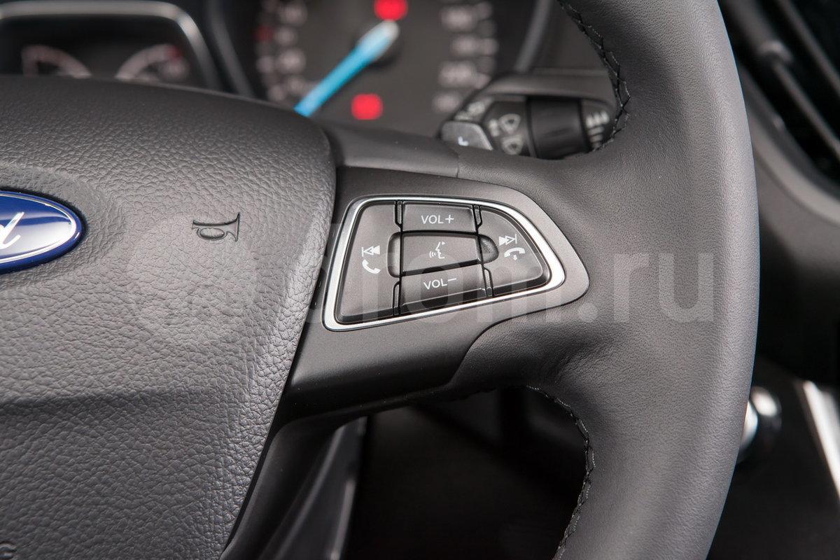 Управление аудиосистемой на руле: да