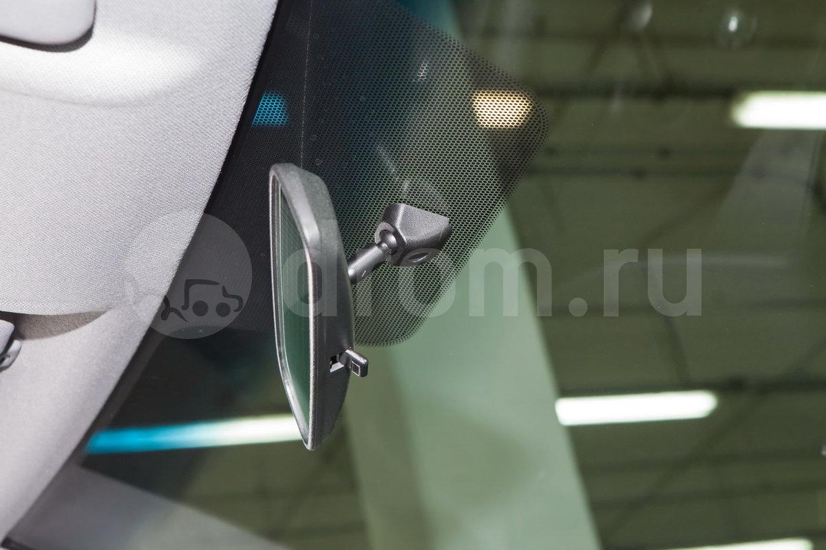 Тонировка верхней части лобового стекла: да