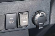 """Дополнительное оборудование аудиосистемы: 6 динамиков, мультимедийная система Toyota Touch 2 с функцией прокрутки меню """"Flick function"""", AUX, USB"""