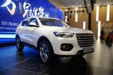 Haval H6 второго поколения будет оснащаться бензиновыми турбомоторами объемом 1,3 и 2 л, а также 2-литровым турбодизелем.