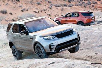 Англичане гордятся своим новым автомобилем, они считают, что он полностью отвечает изменившейся концепции Land Rover: теперь внедорожные поездки могут быть доступны совершенно всем водителям, даже при отсутствии соответствующего опыта.