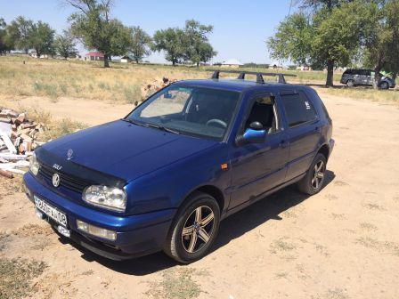 Volkswagen Golf 1994 - отзыв владельца