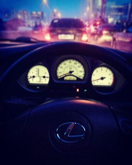 Lexus GS300 2002 - отзыв владельца