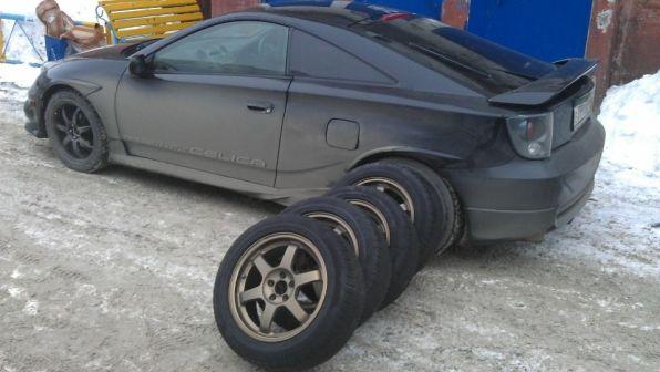 Toyota Celica 2000 - отзыв владельца