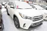 Toyota Highlander. ЖЕМЧУЖНО-БЕЛЫЙ ПЕРЛАМУТР (070)