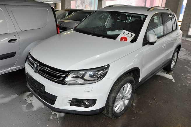 Volkswagen Tiguan, 2016 год, 1 354 820 руб.