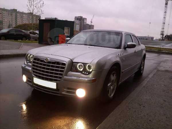 Chrysler 300C, 2005 год, 649 000 руб.