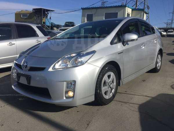 Toyota Prius, 2011 год, 659 000 руб.